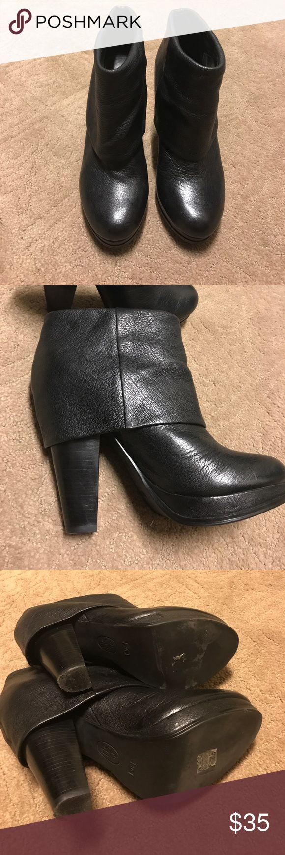 Used Women's ankle boots Used Women's Ankle booties by ASH.  Perfect for fall. Heel shows signs of wear see pics Ash Shoes Ankle Boots & Booties