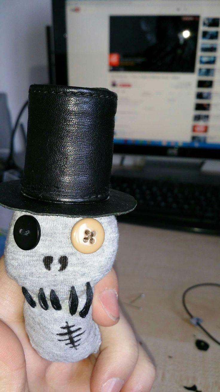 #1 Voodoo Doll (Pea)
