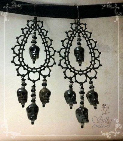 Hey, I found this really awesome Etsy listing at https://www.etsy.com/listing/182941740/skull-earrings-bone-skull-earrings