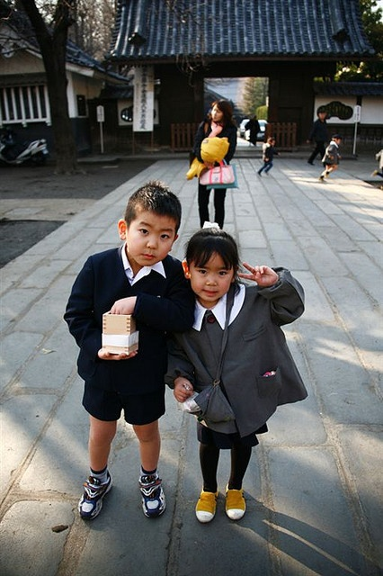 Young pupils in uniform out of school, Japan by Eric Lafforgue, via Flickr