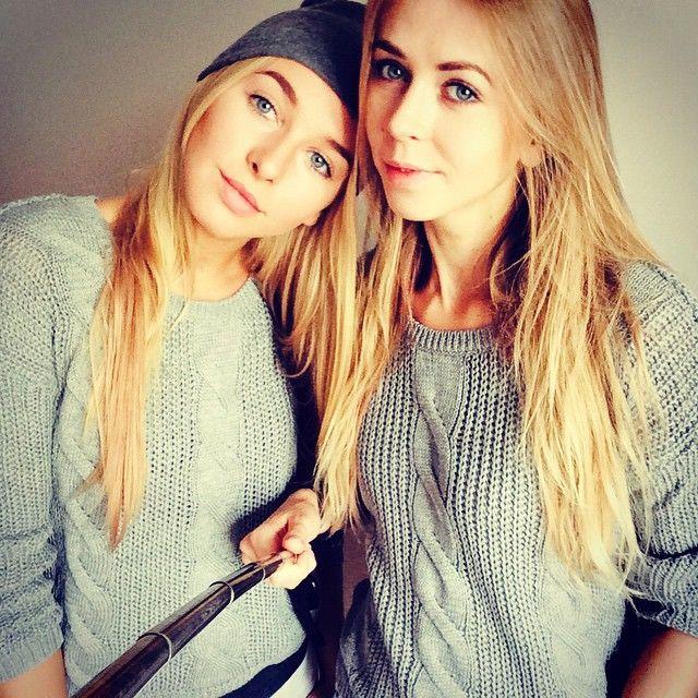 Helloooo!  Dziewczyny życzą wszystkim miłego dnia! :)))))  #niceday #happy #smile #girls