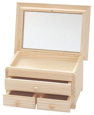 Komódka z trzema szufladkami i lustrem przydasiepasjonaty