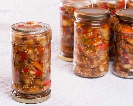 Салата с ябълки, печени чушки и патладжан | Супичка - пътеводител на новака в кухнята