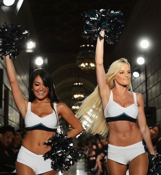 The Eagles Cheerleaders are very sexy.