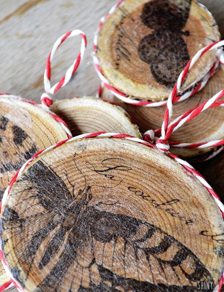Wooden Christmas Ornaments  Διακοσμήστε μερικές ξύλινες φέτες με ό,τι σχέδιο προτιμάτε εσείς, ή στολίστε τις με decoupage!