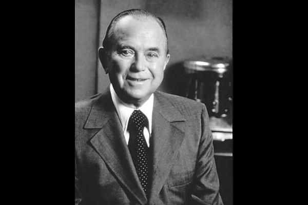 5 Lessons We Can Learn From Ray Kroc | Empowernet Blog
