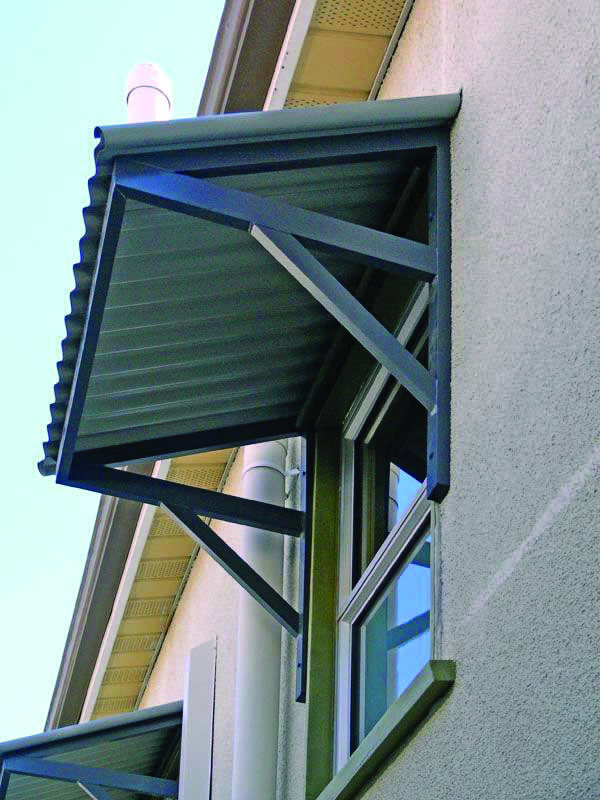 10 Smart Ways To Bring Color To Your Outside Space Homes Tre Aluminum Awnings Patio Canopy Canopy Outdoor