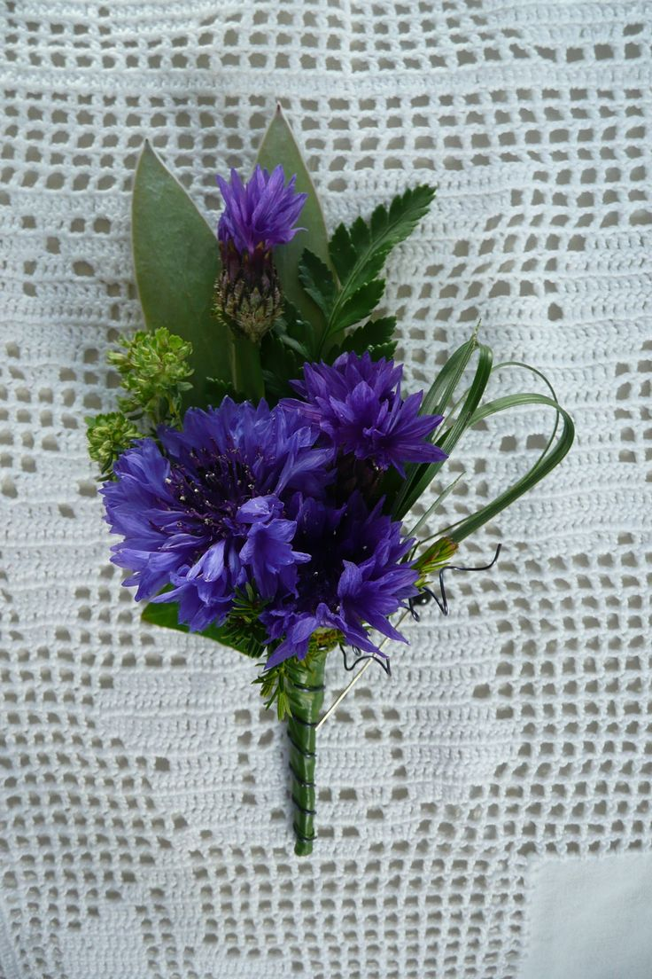 www.wanakaweddingflowers.co.nz/gallery.phpwild flower buttonholes