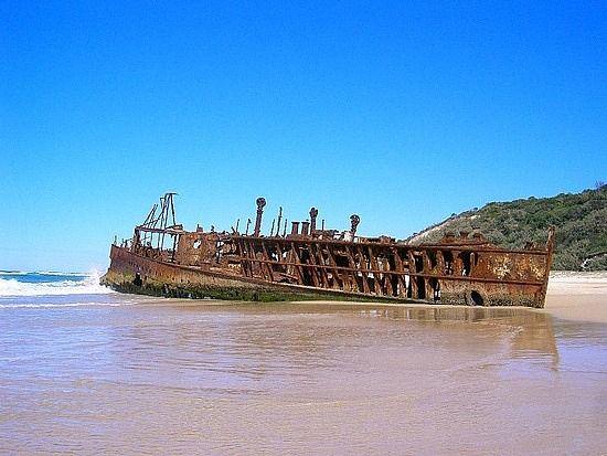 Maheno Shipwreck, Rainbow Beach Australia