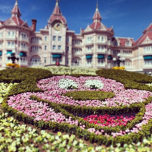 The Disneyland Hotel, Disneyland Paris