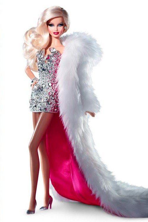 Muñeca Barbie Vestida Con Diamantes Rosados