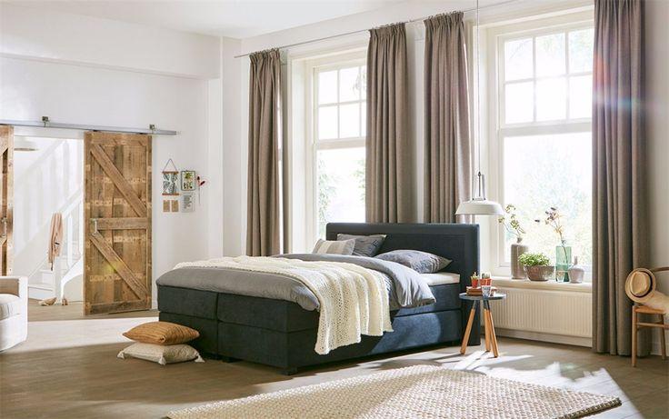 bedroom inspiration & styling | Boxspring Capella Bordo | SwissSense.nl