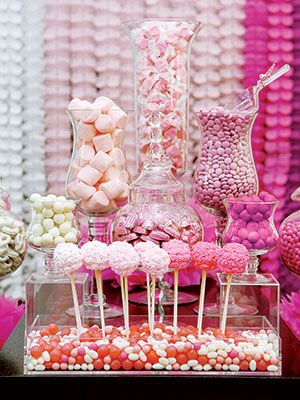 Bar a bonbons rose mariage // pink candy bar buffet wedding