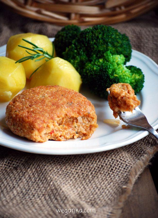 Kuchnia wegAnki: Wegańskie kotlety jak mielone