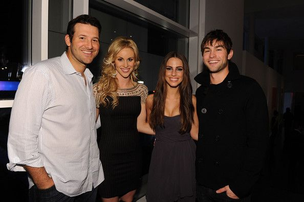"Tony Romo Photos Photos - Dallas Cowboys Quarterback Tony Romo, television personality Candice Crawford, actress Jessica Lowndes and actor Chase Crawford attend a private dinner hosted by Audi during Super Bowl XLV Weekend at the Audi Forum Dallas on February 5, 2011 in Dallas, Texas. - Antonio ""L.A."" Reid Hosts A Private Dinner During Super Bowl 2011 Weekend At The Audi Forum Dallas"