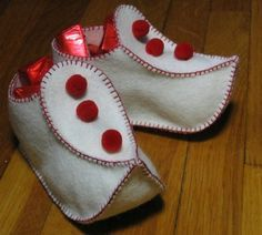 Kleas: softies. Oh wow, these are cute!!! Elf/pixie booties, or candy gift bags at Christmas.