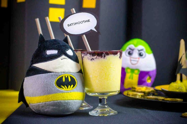 Batsmoothie. #mango #borówki #miód #jogurt #smoothie #superbohater #party #smacznastrona #tesco #przepisy #tescoparty