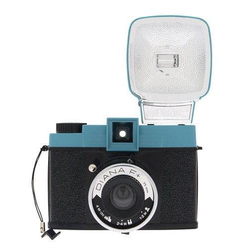 Diana F+ Camera. Cool gadget for her. Gifts for mom. Mothers Day gift ideas. #lo...