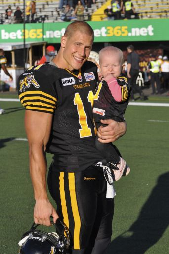 Samuel Giguere Hot CFL Football Player with his daughter  :) <3