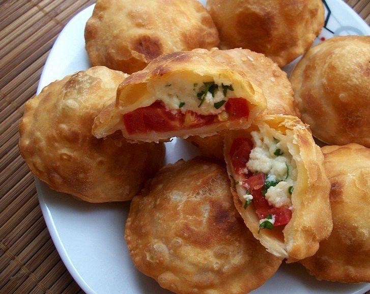 "Пирожки ""бомбочки"" с помидорами - пошаговый рецепт с фото на Повар.ру"