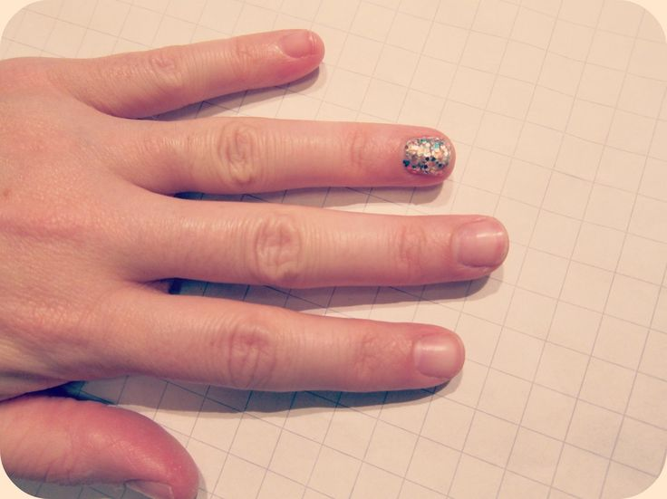 How to Remove Glitter Nail Polish or Dark Nail Polish In One Swipe (Yes, This Trick Is THAT Good)
