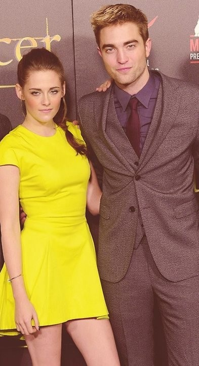 Great edit. Edward CullenBreaking DawnRobert PattinsonKristen  StewartTwilightMadridBerlinRomanceVampires