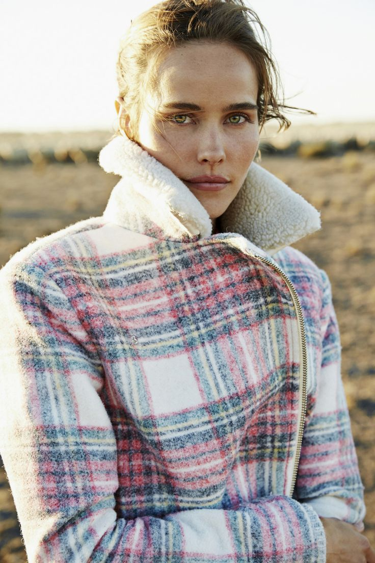 In collaboration with The Woolmark Company we celebrate our love of wool and Australia's vast landscape in a film starring Isabel Lucas. View 'Life Through Wool' now at countryroad.com.au