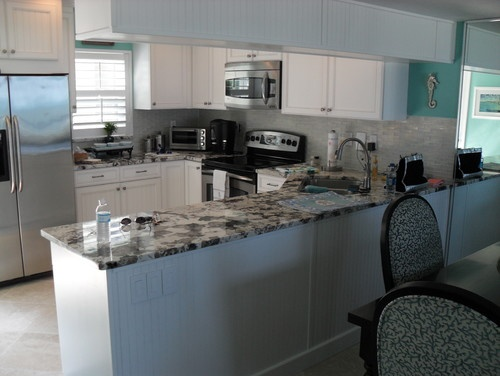 Beach condo kitchen design pictures remodel decor and for Beach condo kitchen ideas
