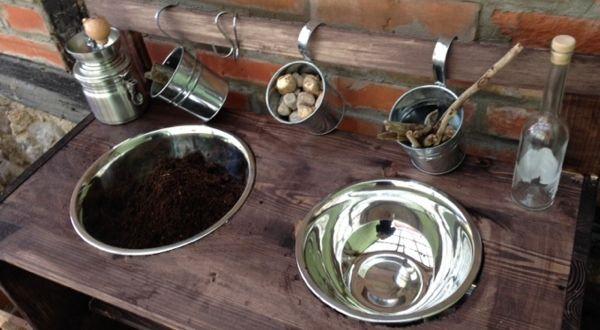 Matschküche, Sandkasten, Garten