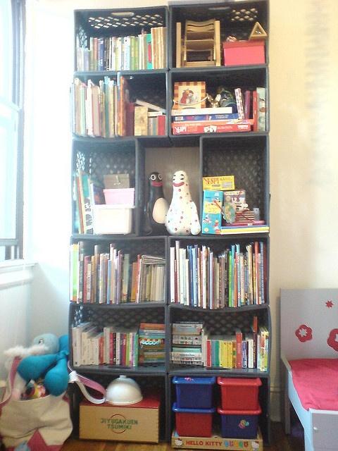 Enzo Mari's awesome DIY bookshelf