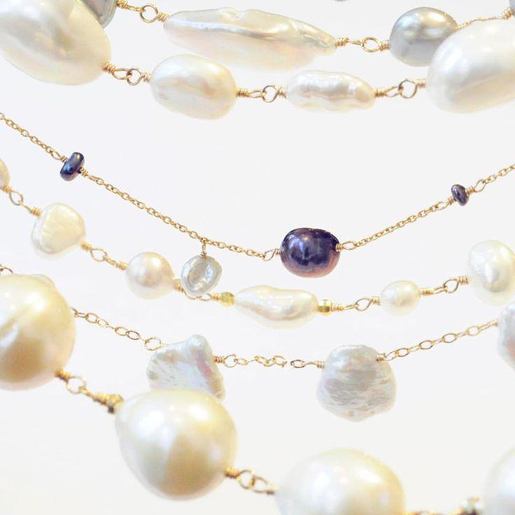 anq.のパールは様々な形を取り揃えています!  様々なシーンでお使い頂けるネックレスやピアス、ブレスレットなど豊富に取り揃えておりますので是非店頭でお気に入りを見つけてみて下さい♪  #anqjewelry #ジュエリー#jewelry #ネックレス#necklace #パール#pearl #ホワイト#白#white #天然石#stone #ギフト#プレゼント#gift  anq.お取り扱い店舗  #銀座#ginza#銀座サロン #東京#新丸ビル#ブランティムール #大阪#グランフロント大阪#クークロワッサンノヴェル#kucroissantnovel #大阪高島屋#kucroissant大阪高島屋