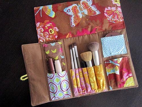 make-up travel case