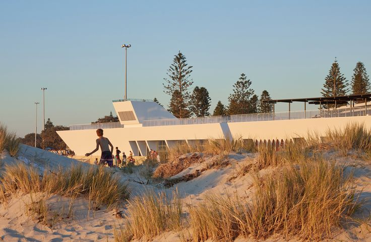 Gallery of City Beach Surf Club / Christou Design Group - 4