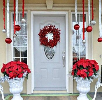 20 Ways to Decorate Your Porch for Christmas - Sunlit Spaces