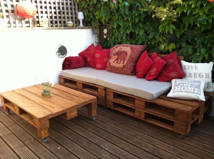 Garden Furniture I made from Pallets
