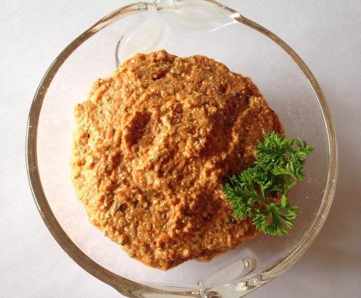 Rezept Roter Frischkäse-Brotaufstrich von Petty 12 - Rezept der Kategorie Saucen/Dips/Brotaufstriche
