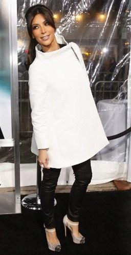 Kim Kardashian (© Reuters)-♥fashion luv the jacket(white jacket on wish list this year)