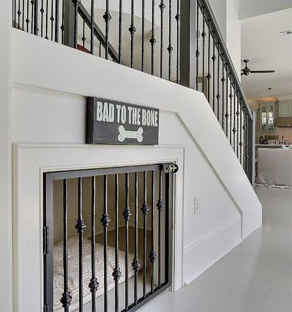 Creative decorating ideas for under the stairs bajo las - Armario bajo cama ...