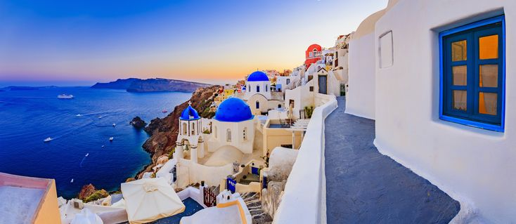 7-Night SOLO Trip To Santorini From $794 Incl. Flights & Hotel With A Pool Near The Beach!