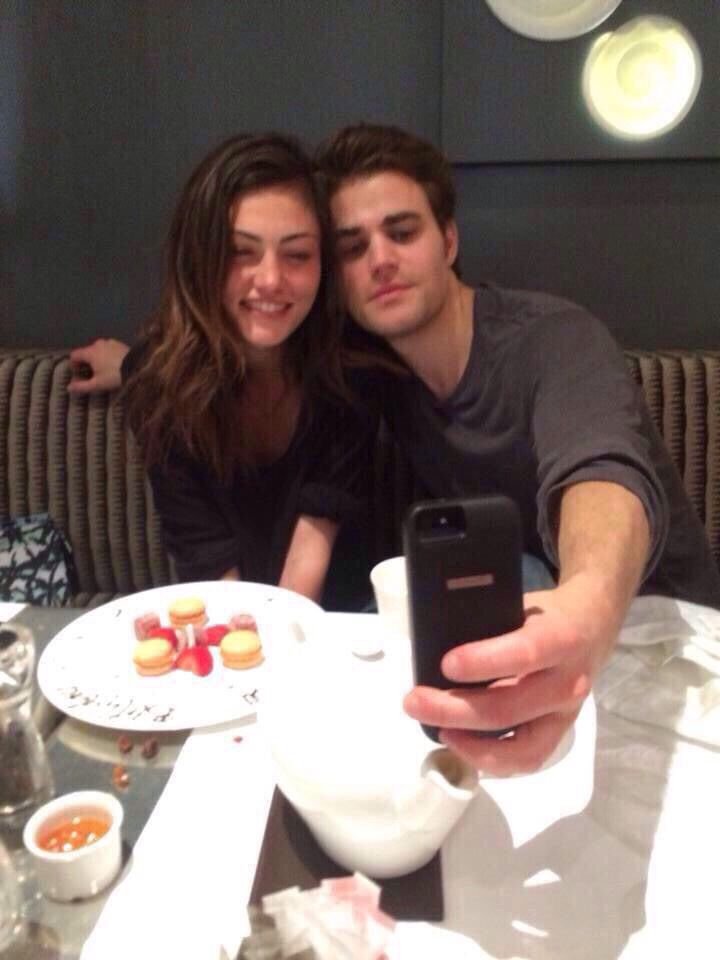 Weskin phoebe tonkin and paul wesley