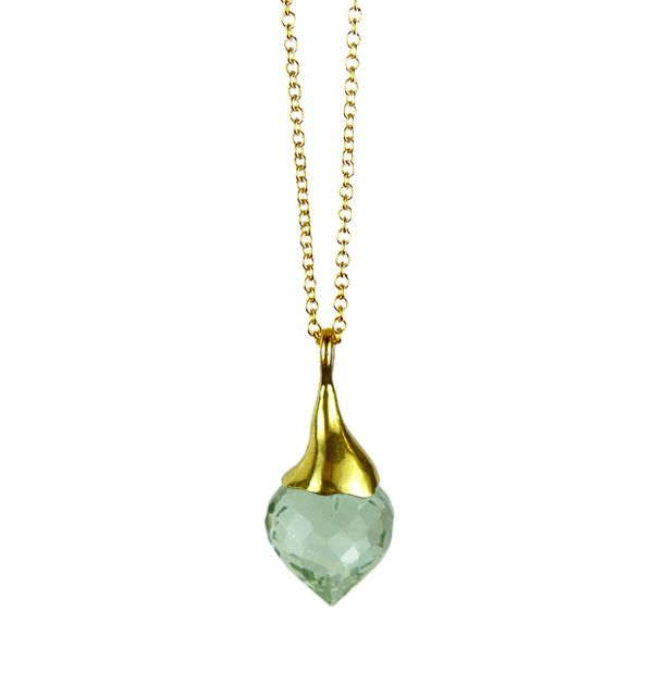 This pendant comes from the minaret collection and is consisted from a 22ct yellow gold vermeil sterling silver hat and a green amethyst faceted minaret cut stone. Currently retailing at £100 #greenamethyst #pendants #vermeil #silver http://www.mounir.co.uk/index.php?route=product/product&path=60_86&product_id=887