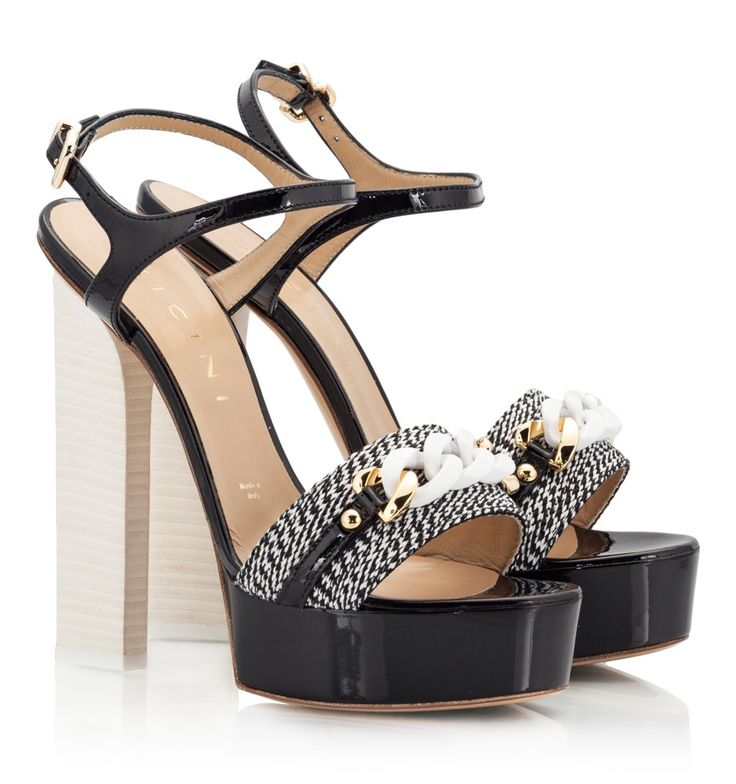 Vicini Black and white patent leather high heel platform sandals  #sandals #vicini #vicinishoes #GiuseppeZanotti #BW