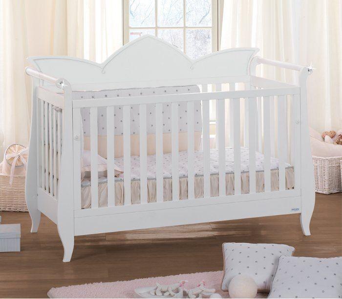 Ledikant wit met kroon en Swarovski  babykamer inspiratie  Pinterest ...