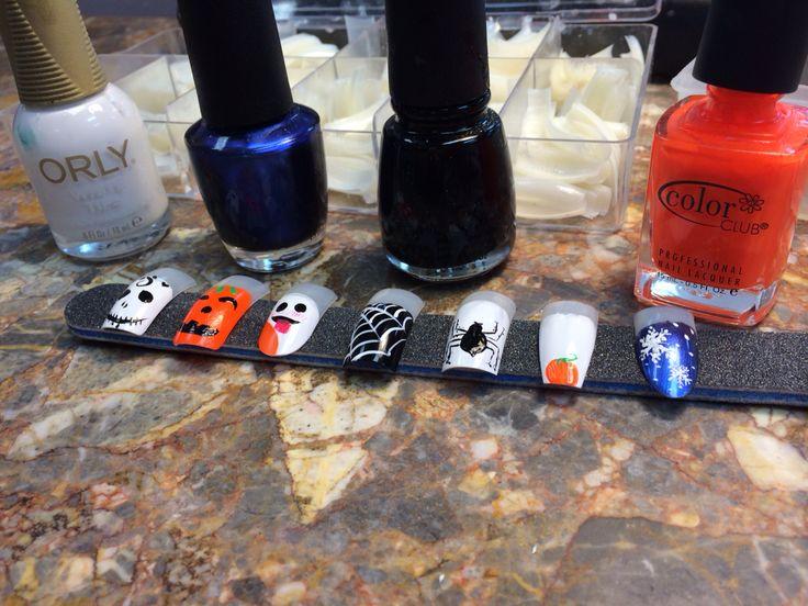 Cute halloween nail designs!