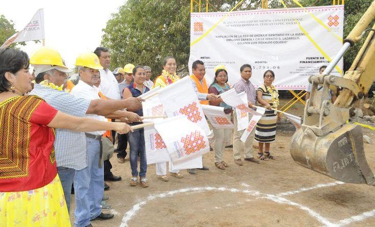 Amplía Ayuntamiento de Santo Domingo Tehuantepec red de drenaje sanitario