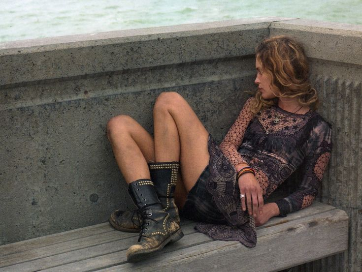 ,: Black Lace, Outfits, Inspiration, Erin Wasson, Clothing, Photos Tips, Street Style Fashion, Lace Dresses, Combat Boots
