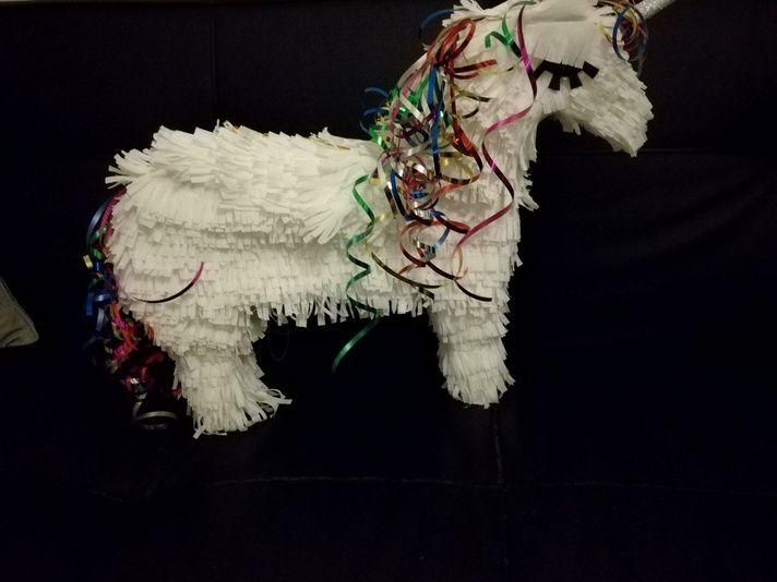 28 best molde unicornio images on pinterest unicorn. Black Bedroom Furniture Sets. Home Design Ideas