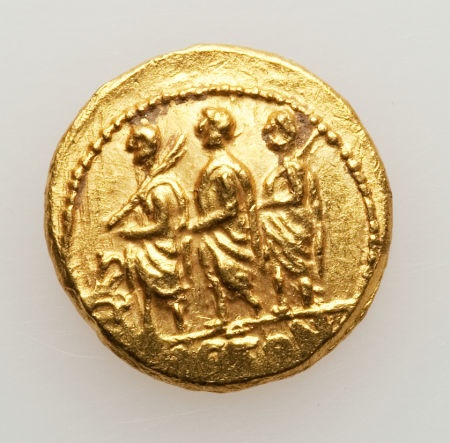 THRACIAN DYNASTS. Koson (ca. 44-43 BC). AV stater (8.53 gm). Roman consul (L. Junius Brutus) left, accompanied by two lictors; monogram to left / Eagle standing left on scepter, holding wreath.