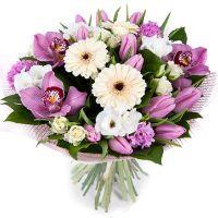 Букет из гербер, орхидей, тюльпанов и эустомы