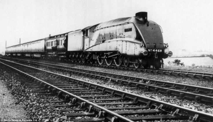 World beater: The Mallard pictured in 1938 as it was about to start its record-breaking run along the East Coast Mainline when it hit 126mph